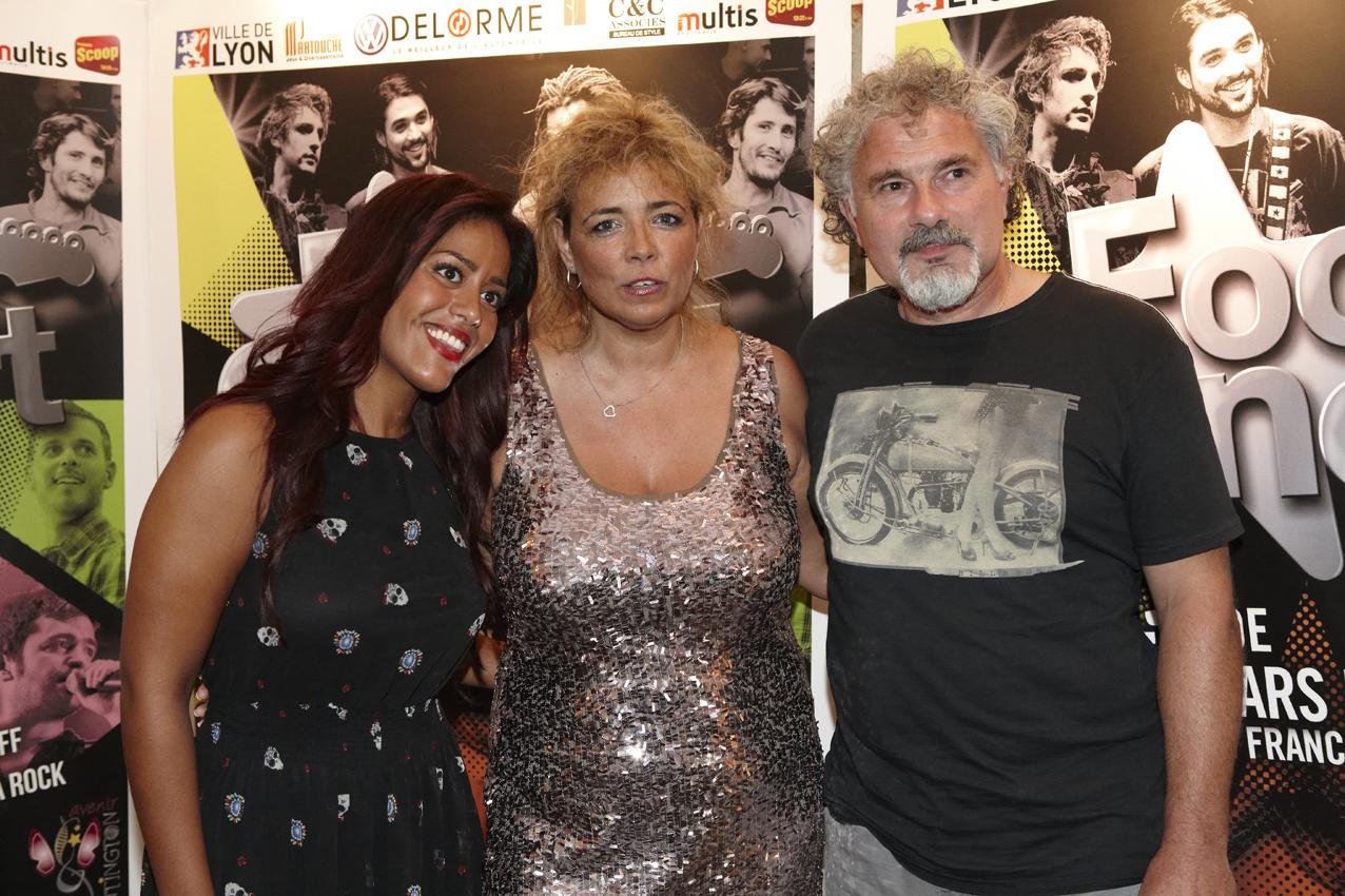 Amel Bent, Joël Bats et Marguerite Gracia, présidente de l'Association Huntington Avenir